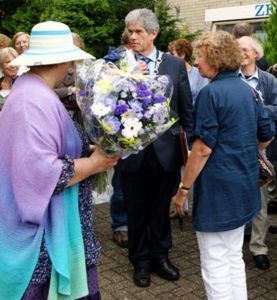 Onthulling Monument voor Maharishi foto F.Bos
